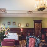 Vintage luxury - this hotel room made us travel back in time