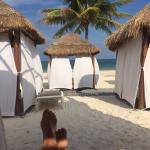 1st row huts have full on view of beach rather than a view of another hut:)