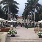 View from the beach towards the courtyard and main building/lobby.