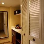 mini bar, coffee maker, safe and closet