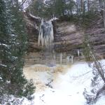 Rapidly freezing Munising Falls