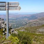 Mountain Path sign at the top of TM - looking South, at Constantiaberg (RHS) and Southern Penins