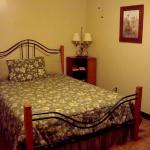 Retreat House Master Bedroom with Queen size bed