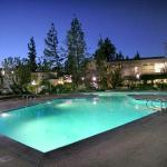 Oakwood Apartments - Woodland Hills