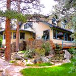 Romantic Riversong Bed and Breakfast Inn