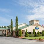 Days Inn and Suites Norcross