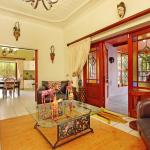 Kruger House Guest Cottages