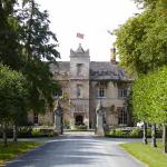 Weston Manor