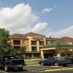 Courtyard By Marriott Flint