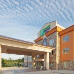 Holiday Inn Express & Suites Marshall