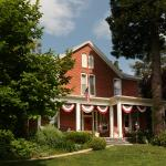 South Court Inn Bed and Breakfast