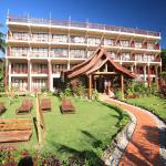The Elephant Crossing Hotel Vang Vieng