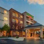 Courtyard By Marriott Reno