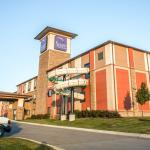 Sleep Inn & Suites and Indoor Water Park