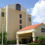 BEST WESTERN PLUS Kendall Hotel & Suites