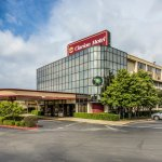 Clarion Hotel Tulsa - Broken Arrow
