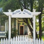 Pelton House Bed and Breakfast