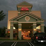 Hampton Inn & Suites Wellington
