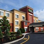 Extended Stay America - Newark - Woodbridge