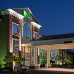 Holiday Inn Express Youngstown North