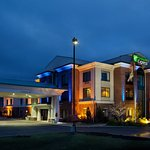 Holiday Inn Express N. Lima North Lima