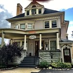 The Old Library Inn Bed & Breakfast