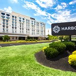 Clarion Hotel National Harbor