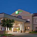 Holiday Inn Express Hotel & Suites Santa Clarita