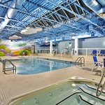 Howard Johnson Airport Hotel - Winnipeg