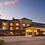Courtyard by Marriott Baton Rouge Siegen Lane