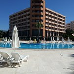 Holiday Resort Hotel
