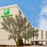Holiday Inn Rockford (I-90 Exit 63)