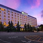 Holiday Inn Athens Attica Avenue Airport West Peania
