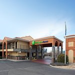 Holiday Inn Express Albuquerque (I-40 Eubank)