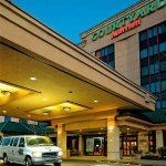 Courtyard by Marriott LaGuardia East Elmhurst