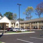 Berkshire Inn and Suites