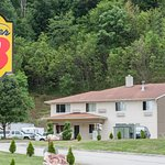 Super 8 Pittsburgh/Monroeville