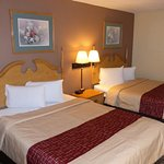 Red Roof Inn & Suites Cave City
