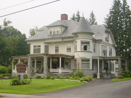 ‪Cornerstone Victorian Bed & Breakfast‬