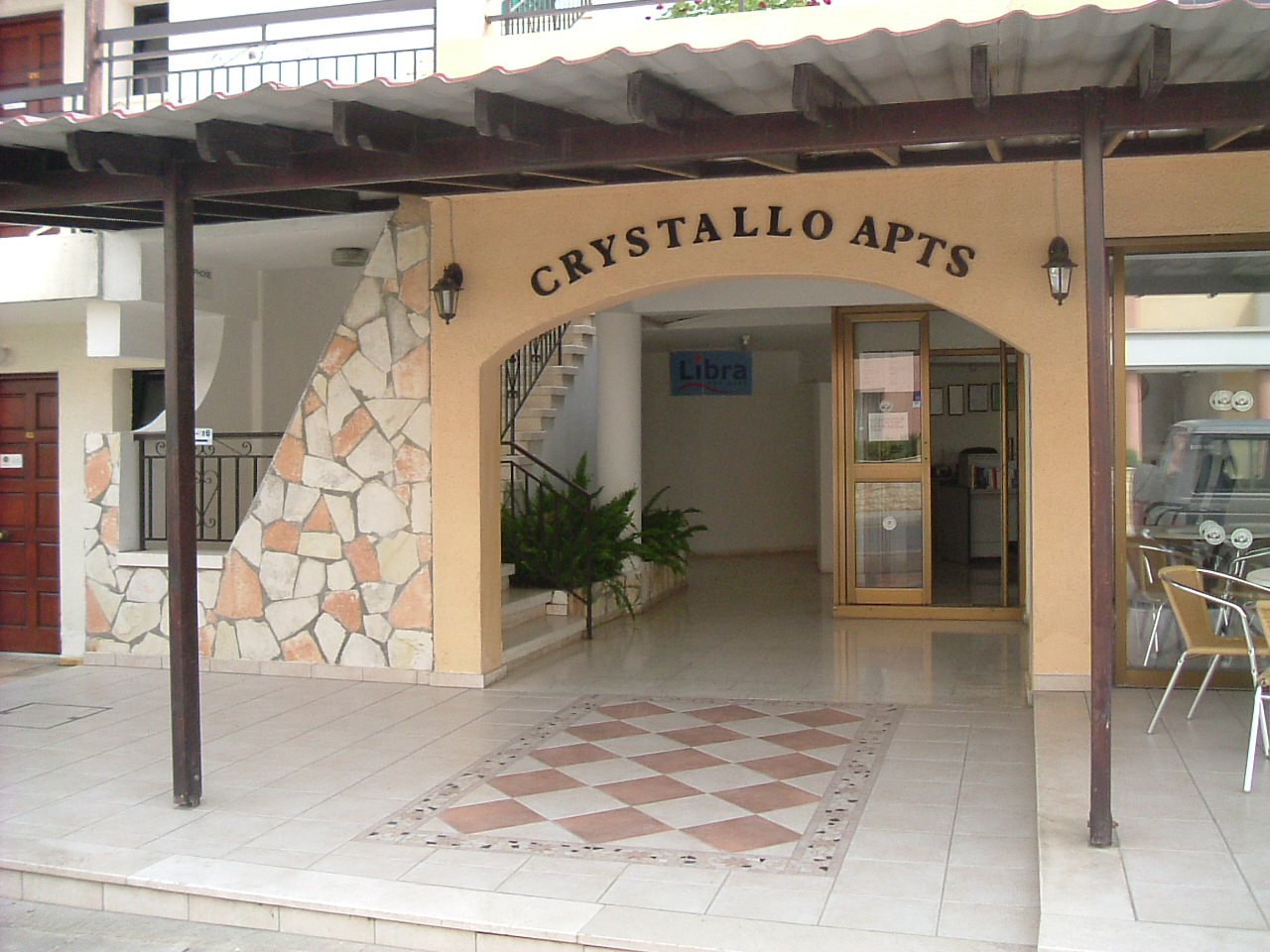Crystallo Apartments