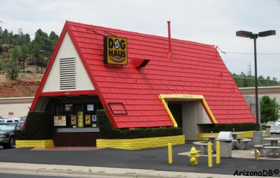 Route 66 Dog House