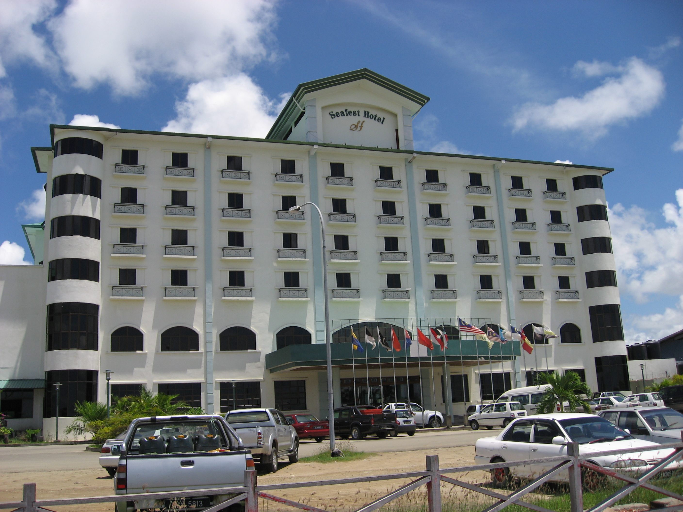 Seafest Hotel
