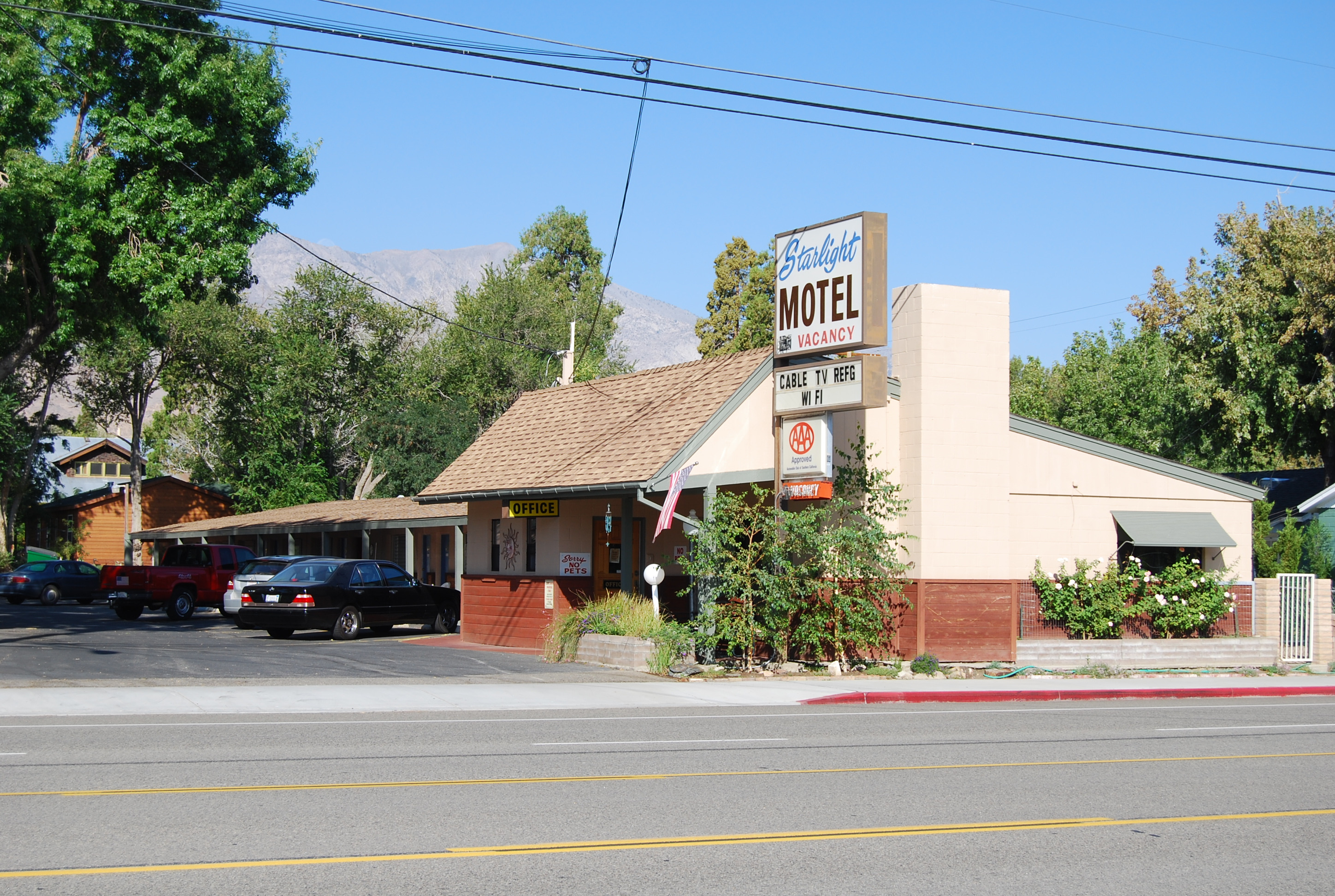 Starlight Motel