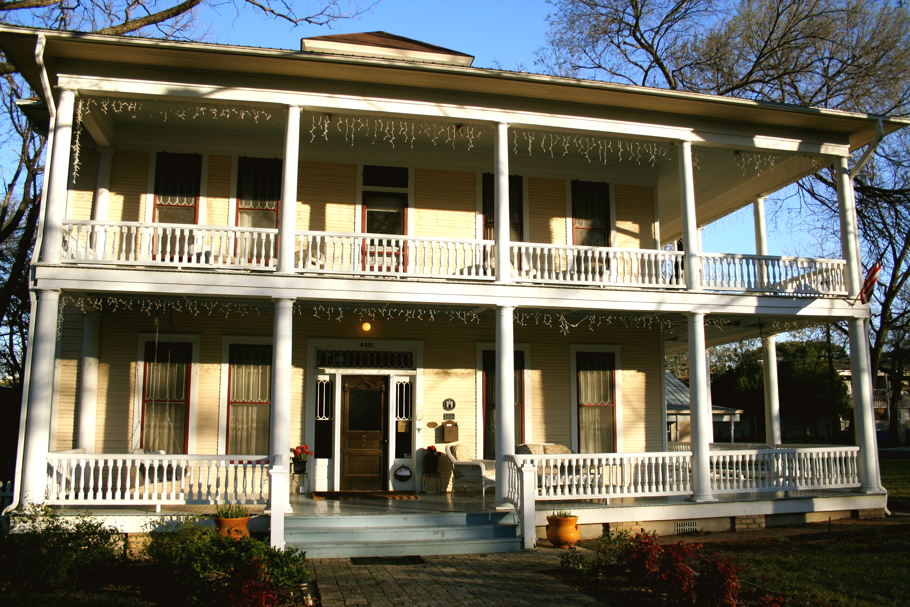 Woodburn House Bed and Breakfast
