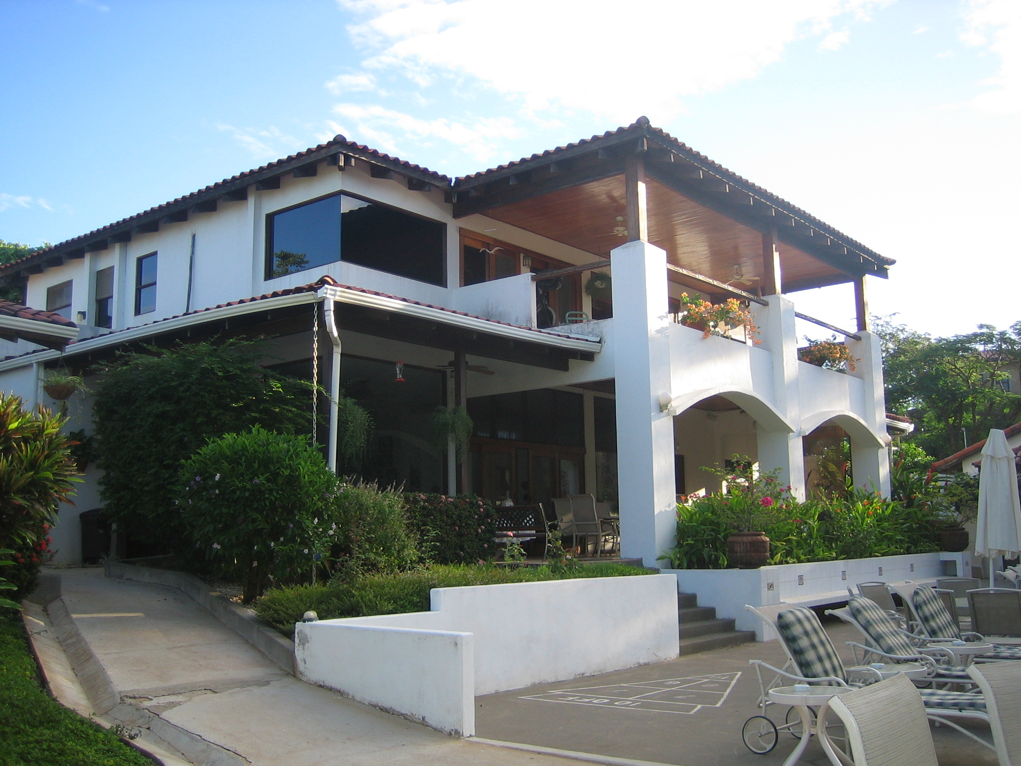 Villa Alegre - Bed and Breakfast on the Beach