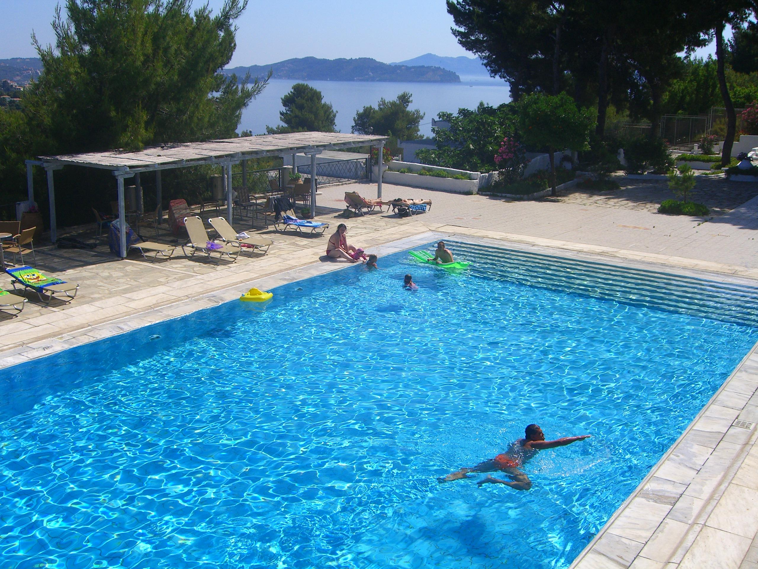 Nostos Village Hotel and Bungalows