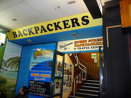 ‪Queen Street Backpackers‬