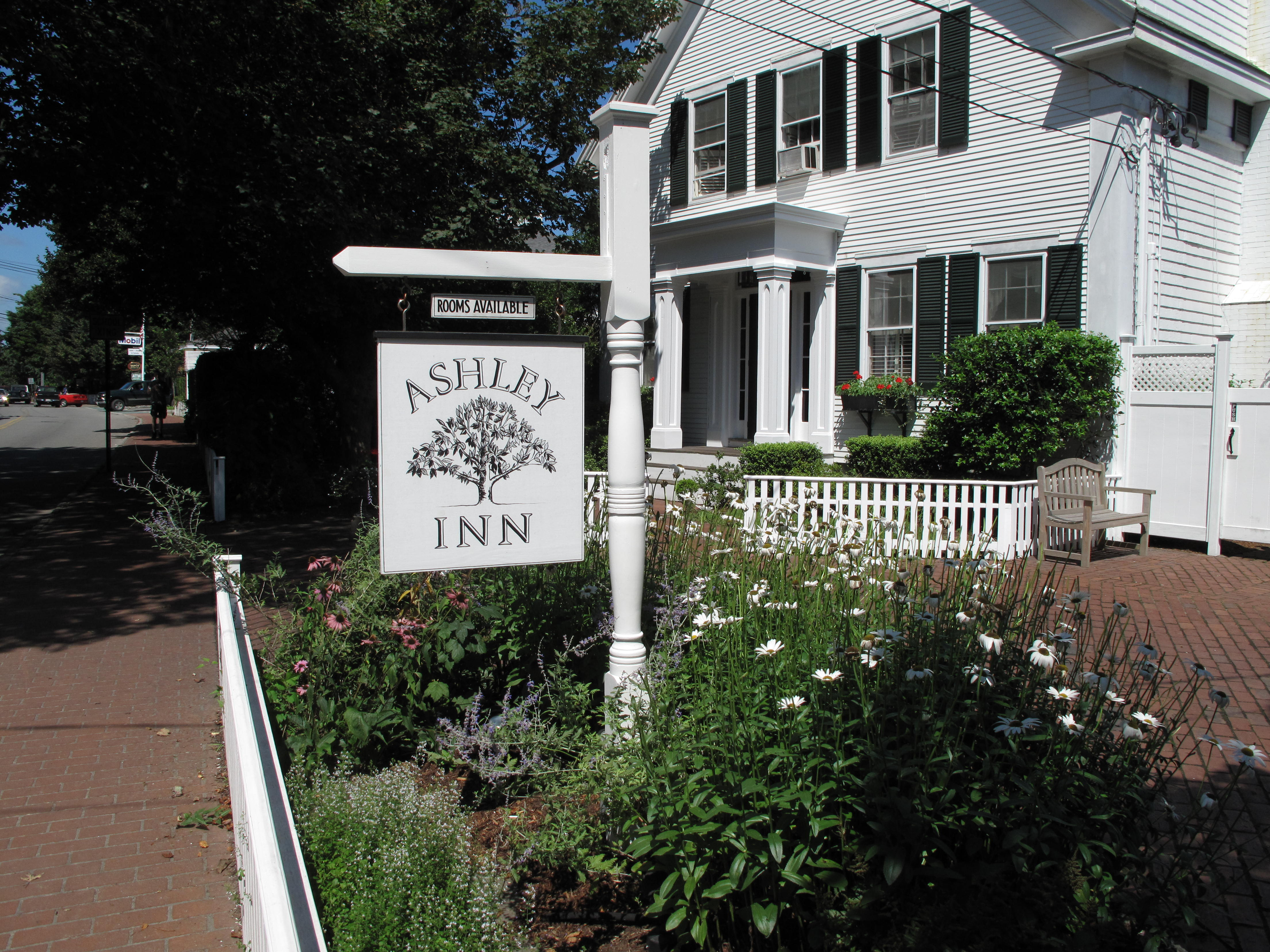 Ashley Inn Bed and Breakfast