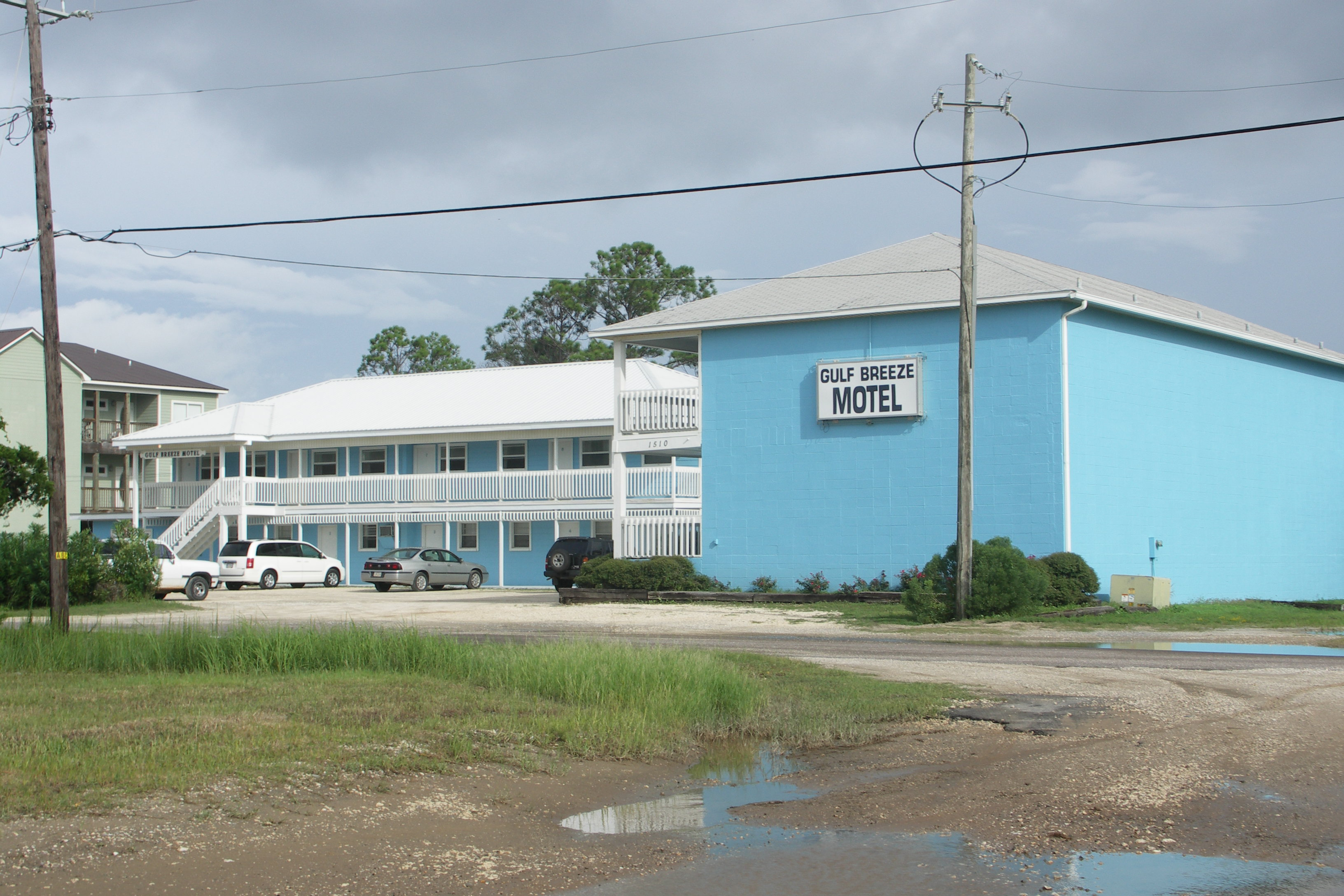 Gulf Breeze Motel
