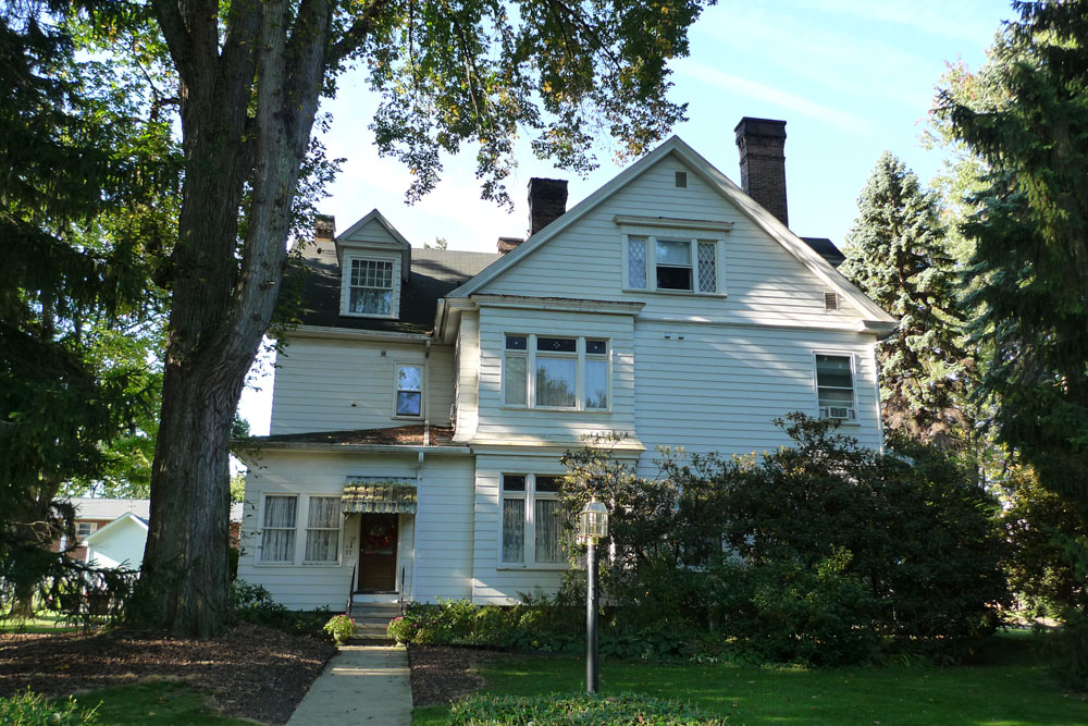 The Clarion House B&B